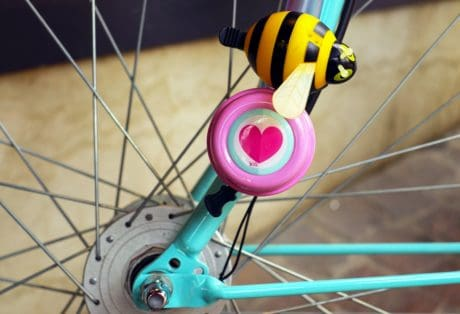 bicycle, wheel, metal, wire, screw, decoration, mechanism