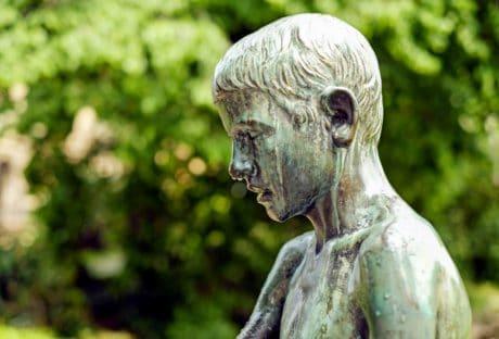 statue, sculpture, bronze, metal, tree, outdoor