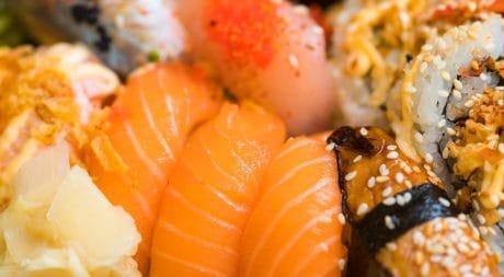 sushi, shrimp, fish, salmon, seafood, rice, tuna, dinner, food