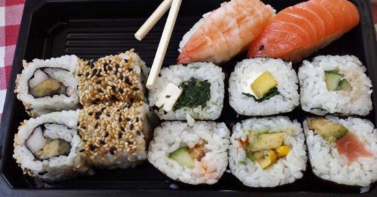 appetizer, fish, sushi, rice, seafood, salmon, food