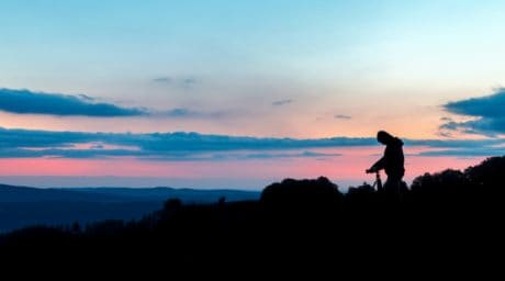 retroiluminada, atardecer, cielo, puesta de sol, amanecer, paisaje, sol, silueta