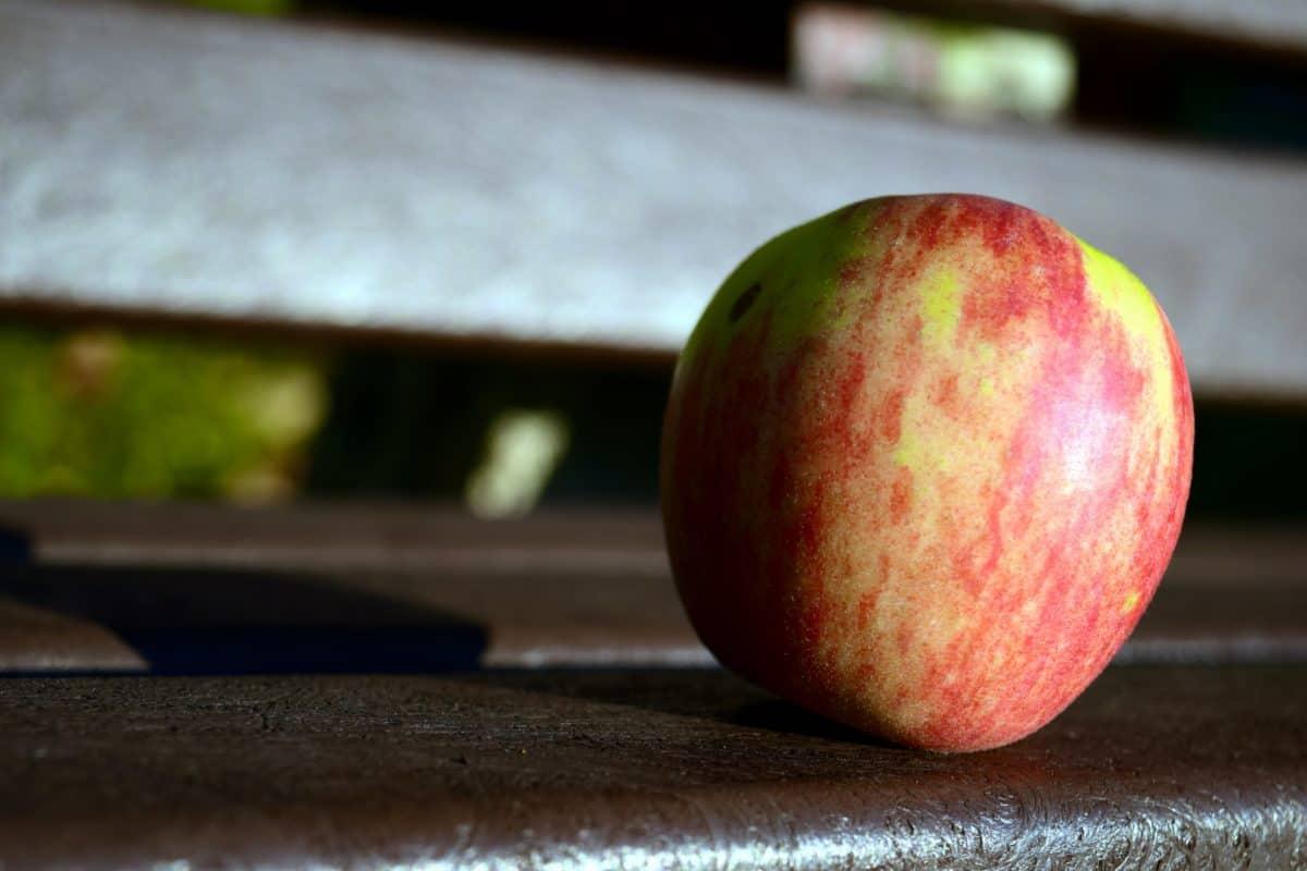 food, apple, wood, fruit, delicious, diet, indoor