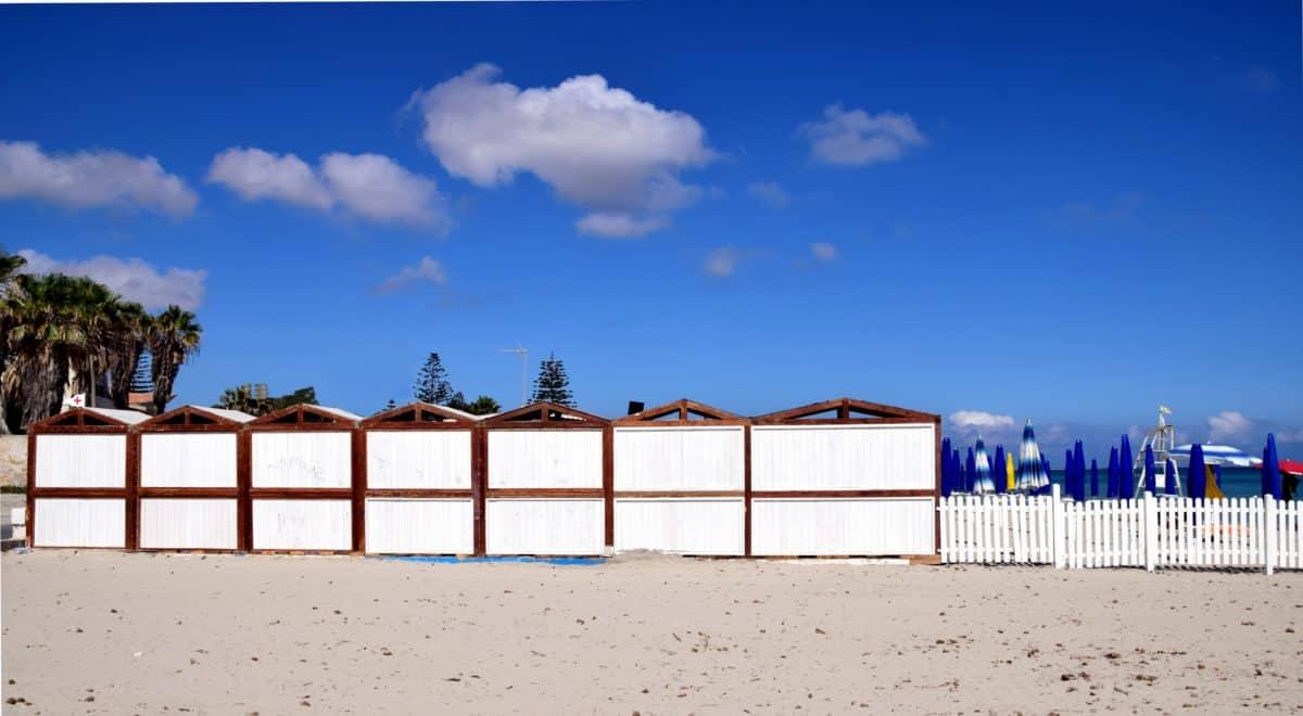 piesok, pláž, more, obloha, plot, steny, vonkajšie
