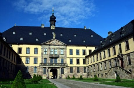 castle, architecture, palace, house, residence, old, outdoor