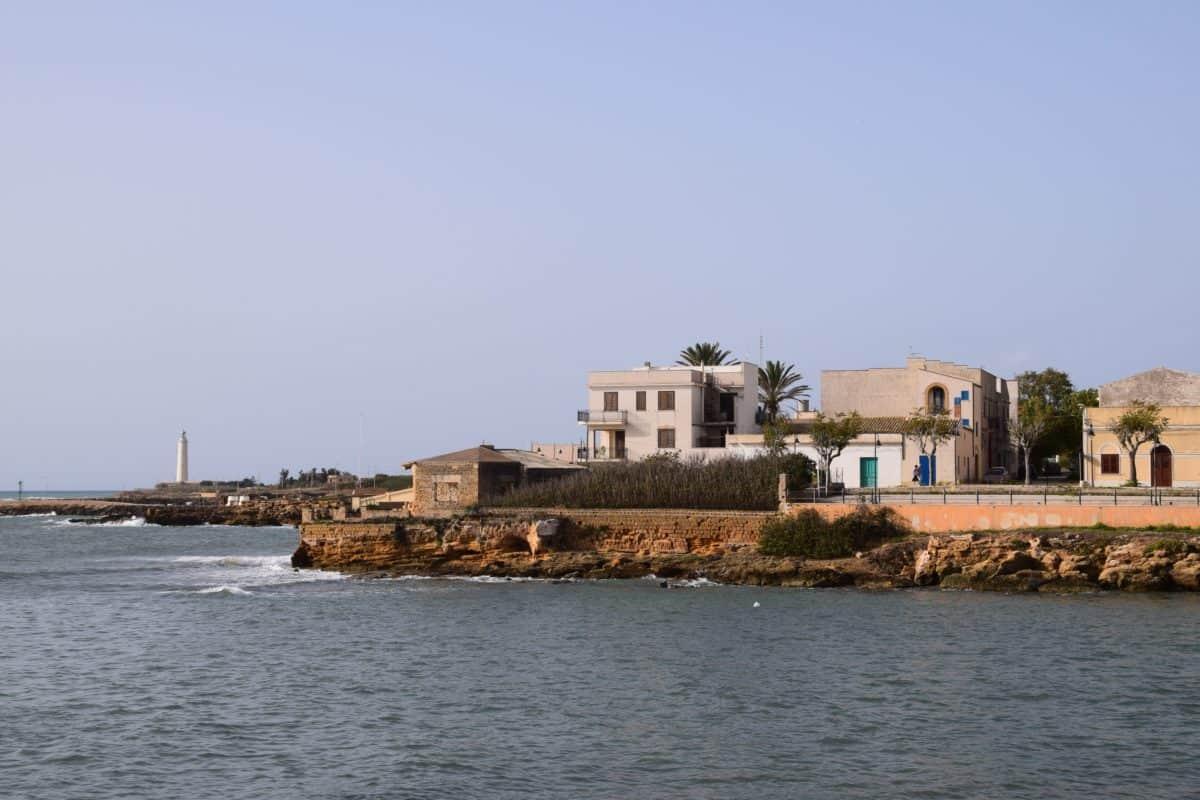 Strand, Stadt, Meer, Wasser, Tageslicht, Architektur, Haus