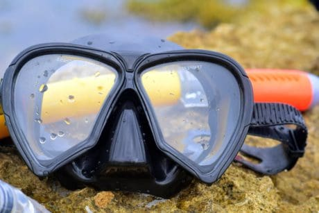 diving, glasses, glass, sand, plastic, sky, water, sea