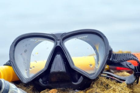 diving, glasses, object, glass, plastic, sky, water, sea