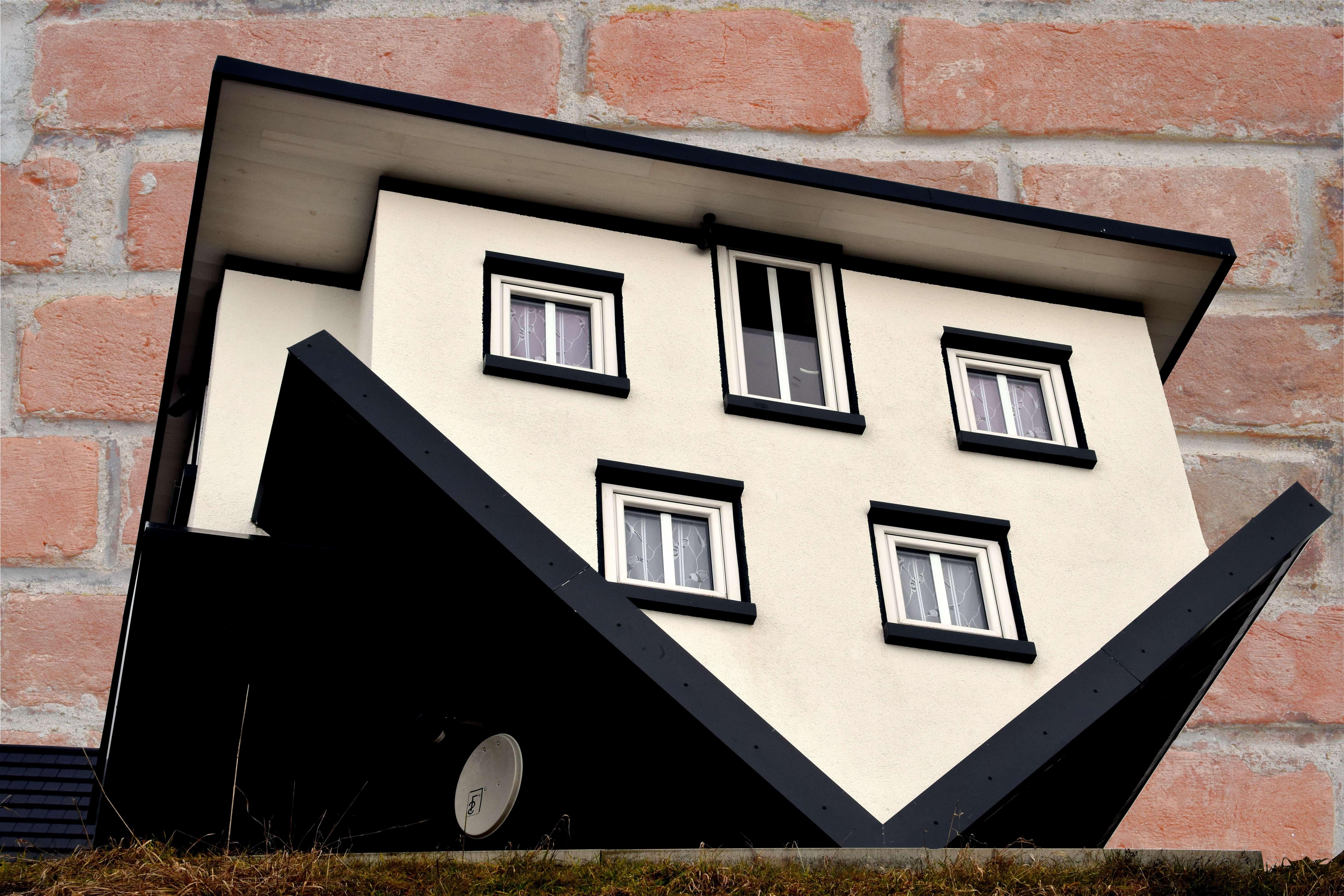 Imagen gratis: miniatura, pared, arquitectura, ángulo, ventana, casa ...