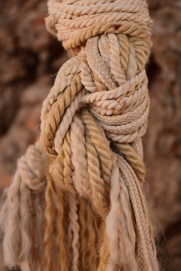 rope, yarn, knot, outdoor, object, brown