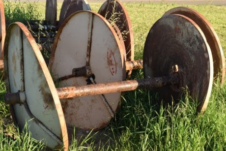 metal, iron, daylight, outdoor, rust, grass, old, outdoor, field