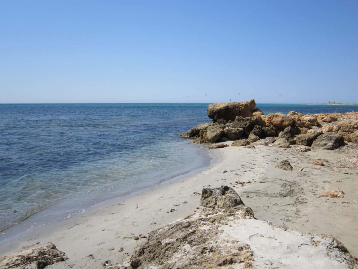Mavi gökyüzü, doğa, su, deniz, deniz kıyısı, plaj, kum, gökyüzü, okyanus