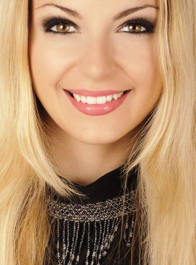 blonde Haare, herrlich, Frau, Glamour, Mode, Haut, hübsch, Lippen, Augen, Gesicht, Porträt