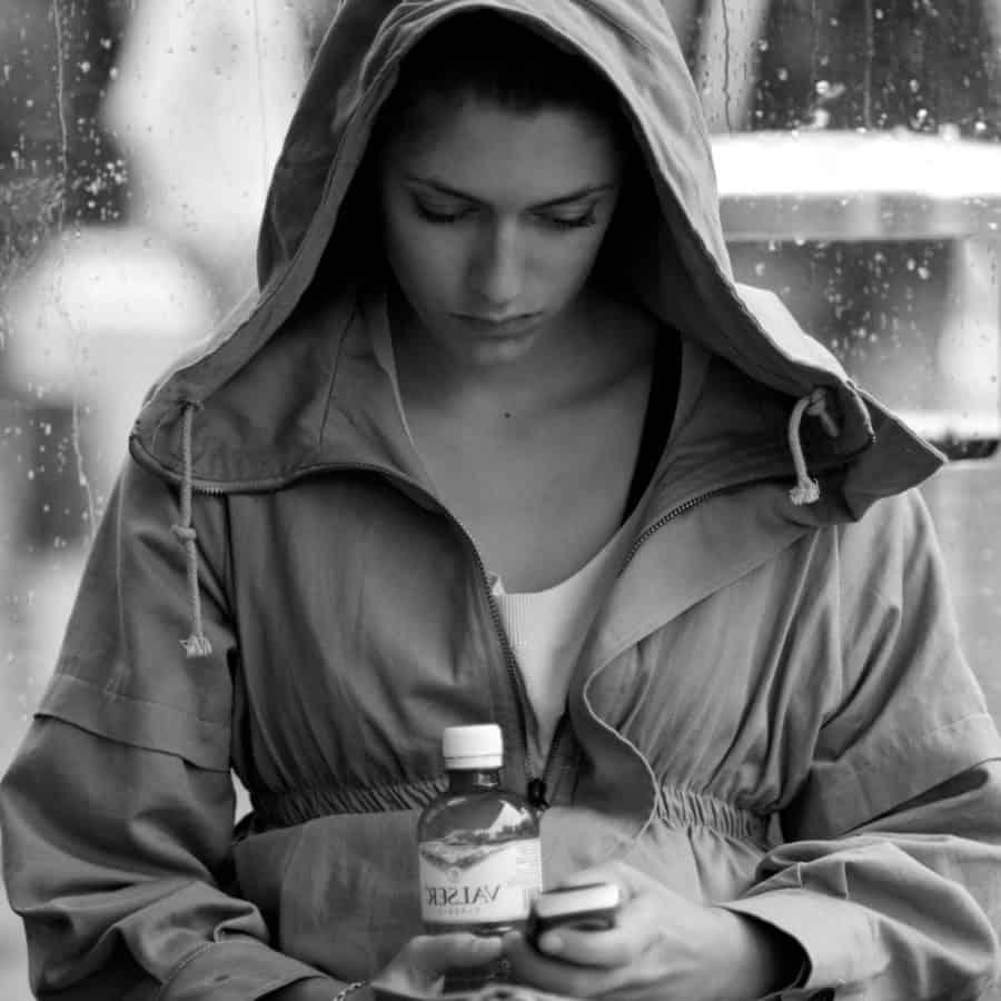 gens, monochrome, portrait, femme, pluie, attrayant