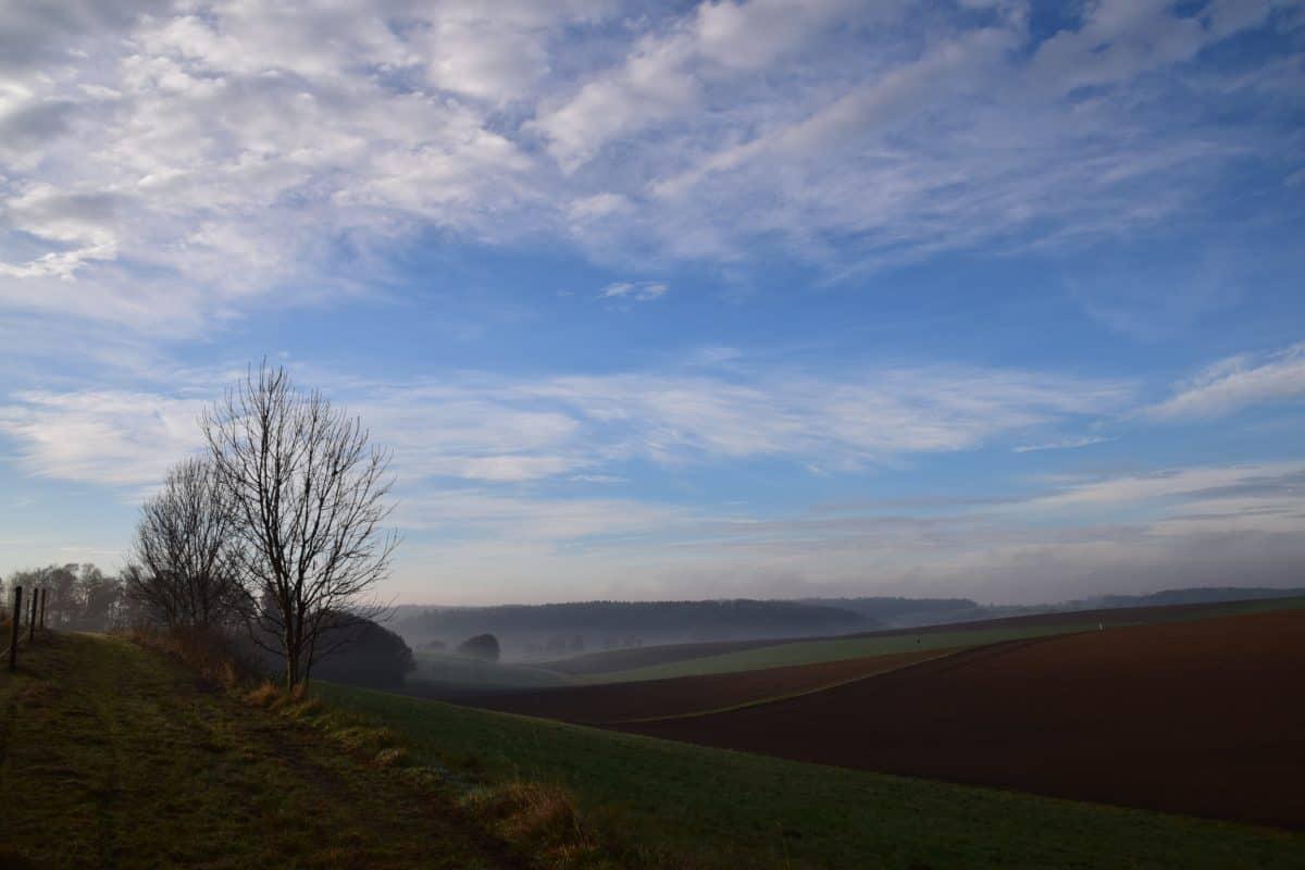 λόφου, σύννεφο, χόρτο, μπλε του ουρανού, Υπαίθριος, φως της ημέρας