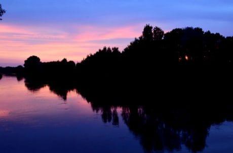 езерото, небе, пейзаж, вода, здрач, дърво, слънце, отражение