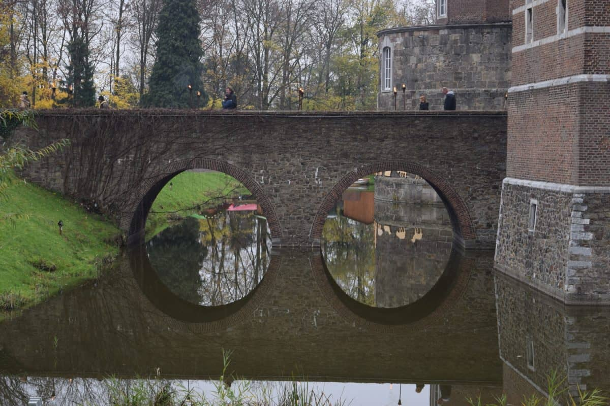 old, bridge, viaduct, window, tree, outdoor, urban, architecture
