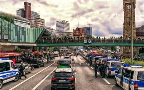 coche, carretera, vehículo, ciudad, calle, al aire libre, centro de la ciudad
