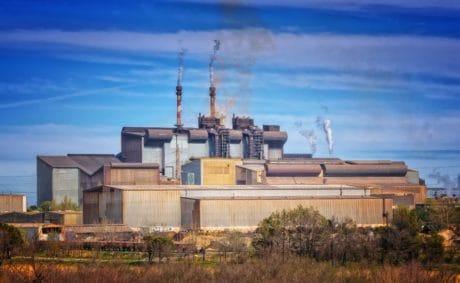 humo, chimenea, azul cielo, madera, edificio de la fábrica