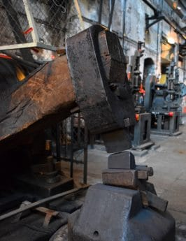 fabbrica, in acciaio, macchina, industria, ferro, metalli lavorati, martello