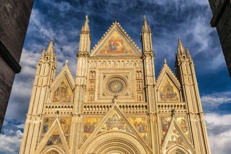 città, cielo, architettura, religione, Cattedrale, Chiesa, facciata
