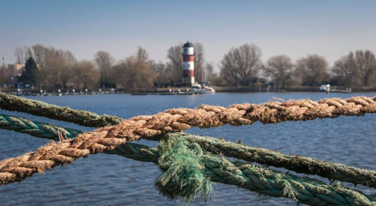 rope, object, detail, water, lake, landscape, outdoor, sky
