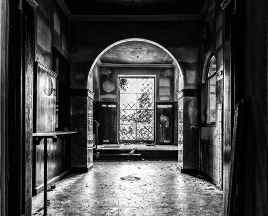 arhitektura, prolaz, ulica, vrata, stari, crno-bijeli, sjena