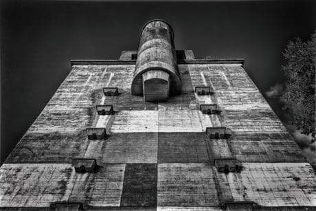 building, monochrome, sky, old, concrete, architecture