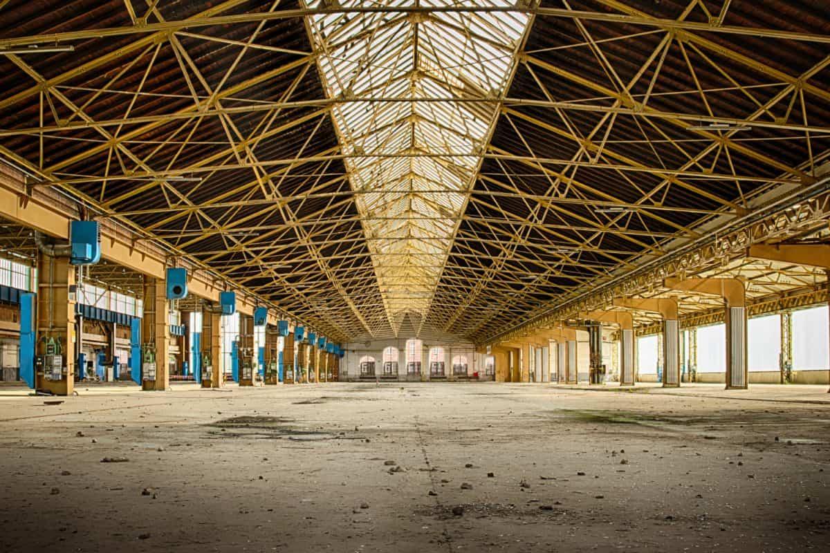 Metall. Dach, Halle, Bau, Industrie, Stahl