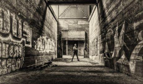 Muž, monochromatický, zeď, grafit, retro, beton, architektura