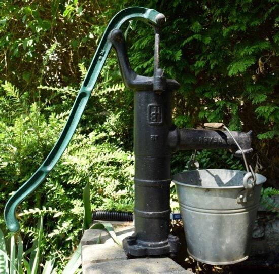 Wasserpumpe, Garten, Wasserhahn, Bewässerung, Umwelt, Hinterhof, Stahl, Anlagen