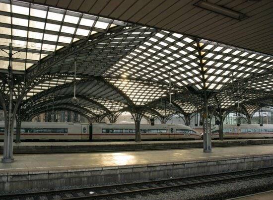 Željeznički kolodvor, arhitektura, urbane, moderne, željeznički, terminala