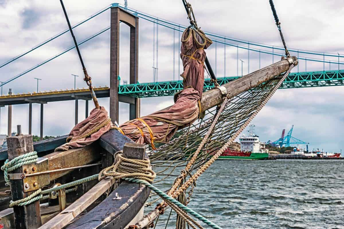 rope, water, sky, ship, bridge, equipment, city