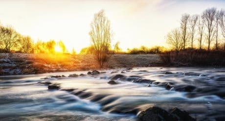 eau, paysage, nature, rivière, coucher de soleil, ciel, arbre, soleil, plein air