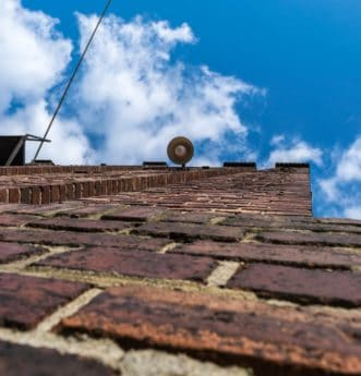 modrá obloha, cihlové zdi, fasády, tower, budovy, architektura