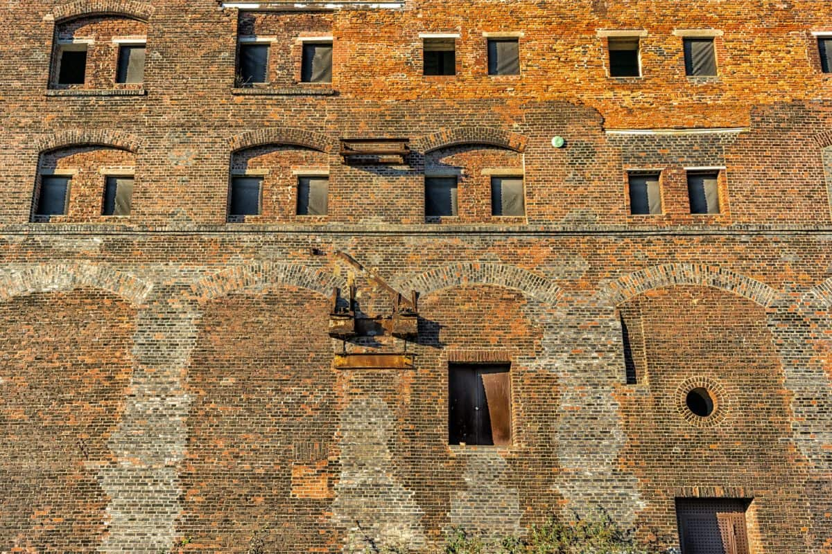 castle, medieval, building, fortress, architecture, brick, facade, window, old