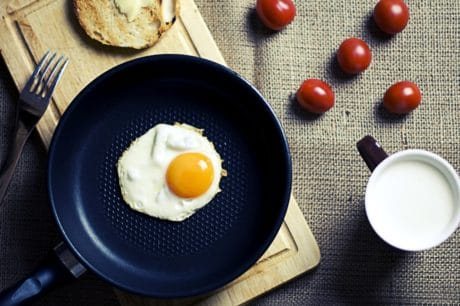 breakfast, egg, food, pan, table, coffee