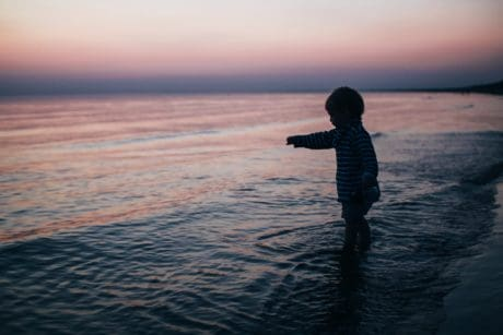 child, ocean, sea, seashore, beach, sunset, dawn, water, sun, sand
