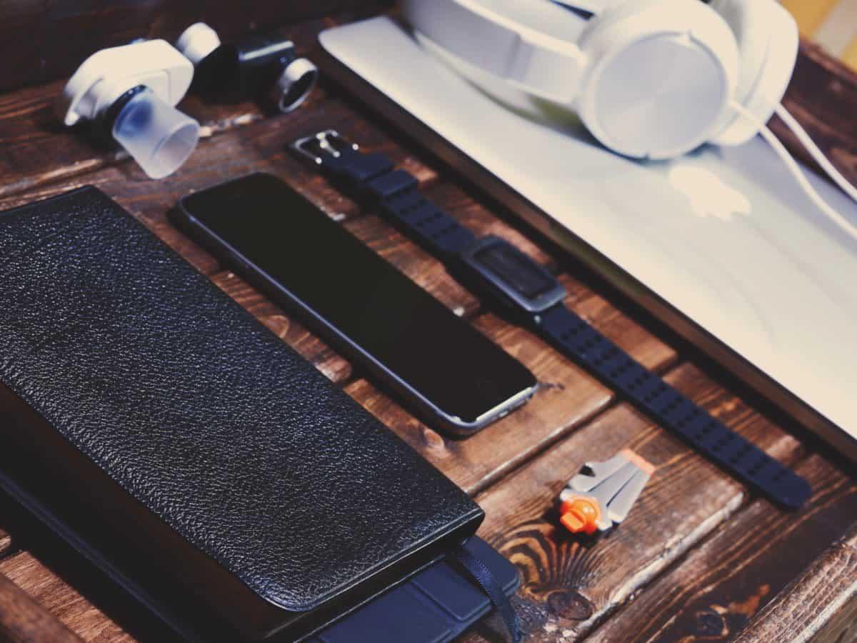 mobitel, ručni sat, slušalice, objekt, fotoaparat