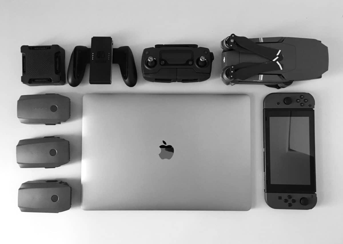 monocromo, ordenador portátil, electrónica, tecnología, equipo, cámara, lente, pared