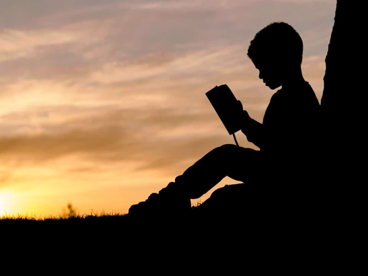 Západ slunce, dítě, podsvícení, chlapec, silueta, podsvícení, slunce, obloha, východ slunce
