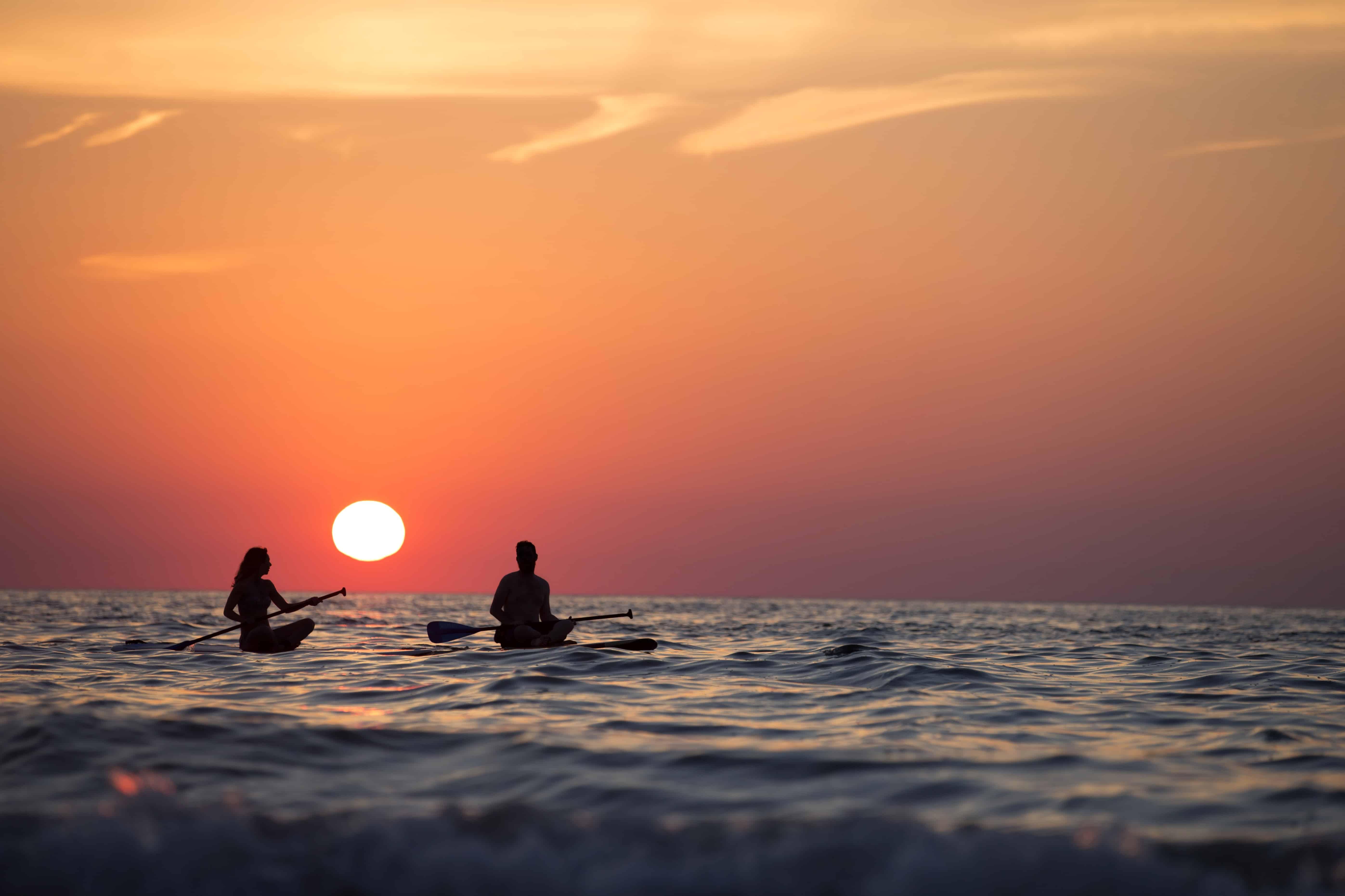 Gambar Gratis Lampu Latar Matahari Terbit Beach Fajar Laut Air