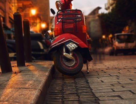 Italie, véhicules, personnes, ville, rue, cyclomoteur, motocyclette, minibike