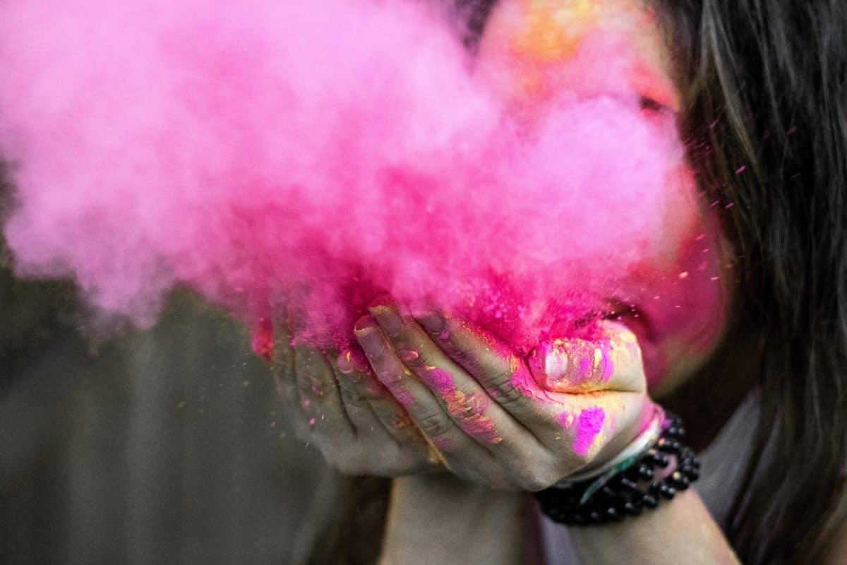 persone, ritratto, ragazza, rosa, fumo, faccia, mano, arte, creatività, pelle
