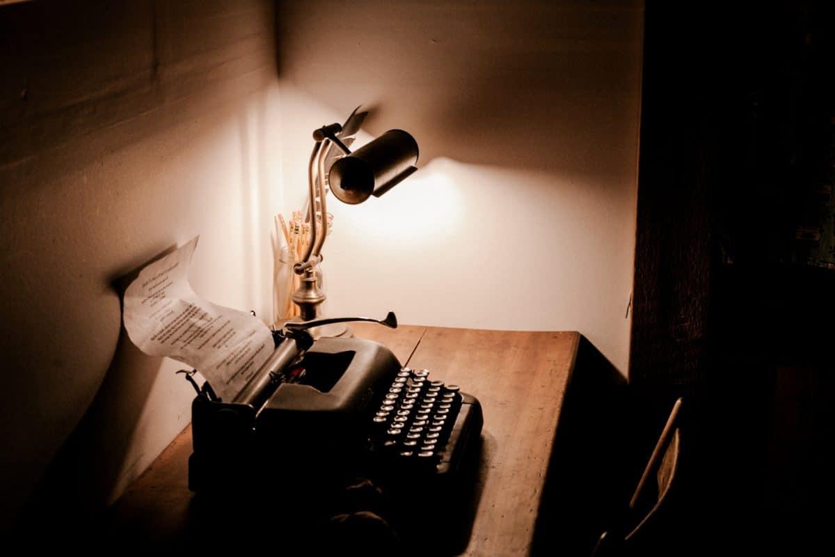 Strom, Schreibmaschine, alte, antike, Typografie, Schatten, Dunkelheit, Wand, innen