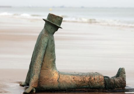 sculpture, bronze, metal, art, man, hat, coast, sea, sand