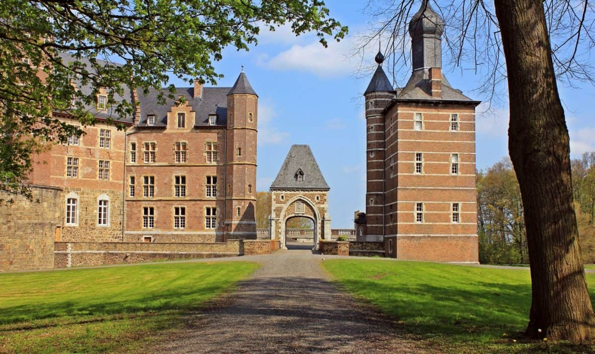 access road, architecture, lawn, architecture, castle, palace, tower, old