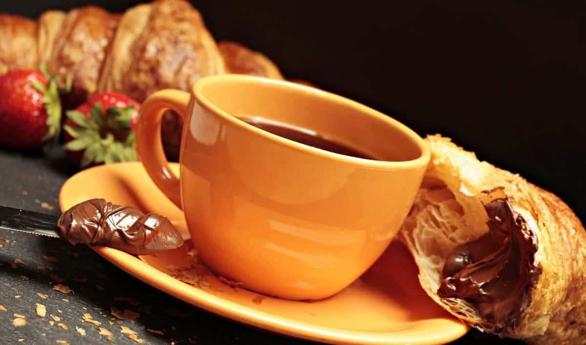 bebida, té, desayuno, comida, café, croissant, crema, platillo