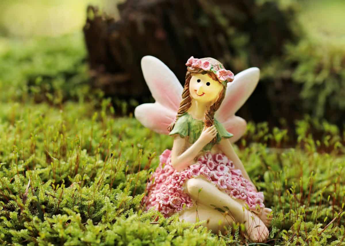 играчка, трева, природа, мъх, лишеи, Градина, фея, момиче, пролет, цвете, Открит
