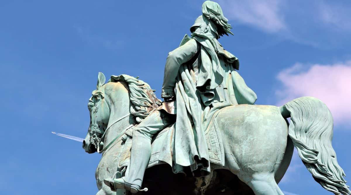 cavalry, bronze, statue, sculpture, monument, blue sky, outdoor