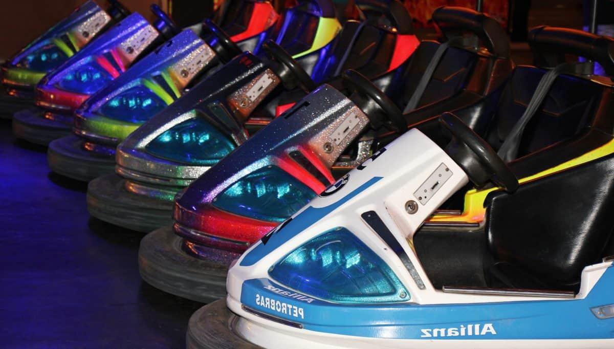 Menyenangkan, Mobil, tabrakan, listrik, warna-warni, token, kendaraan